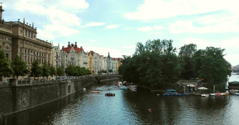 Prag_Vltava_Boote
