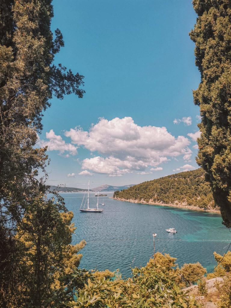 Versteckte Buchten in Split